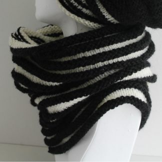 two-colored snood to knit and purl with pattern to download