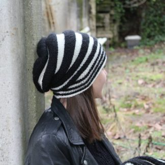 pattern to download to knit a slouchy trendy beanie hat