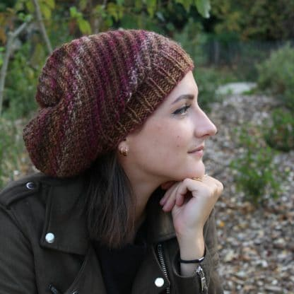 free knit pattern to knit a slouchy beanie hat